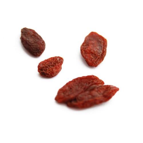 Fruit assecat que té un gust entre la cirera i el